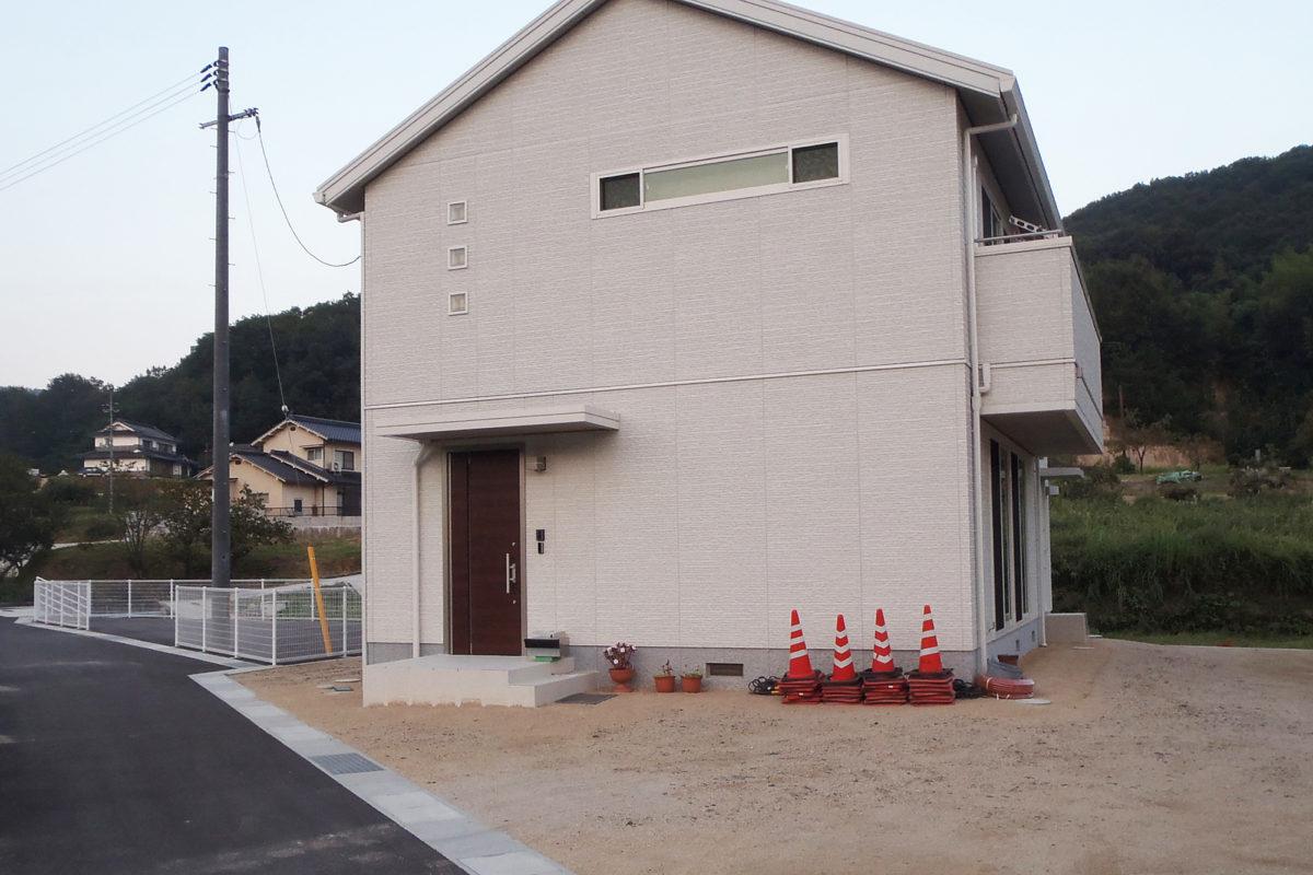 ♯110 シンプルモダン外構 K様邸(小田郡)-1
